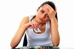 Tác hại cần biết và những lưu ý khi sử dụng thuốc chống lão hóa