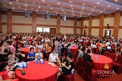 Các hội thảo chuyên đề do Đông Á Beauty tổ chức thường thu hút rất đông chị em đăng ký tham gia.